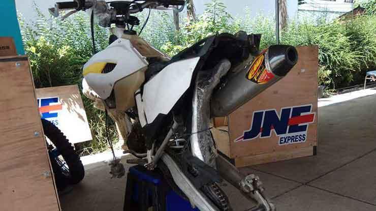 Jasa pengiriman motor JNE